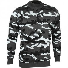 Sweater camouflaged